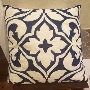 Blue & white accent pillow